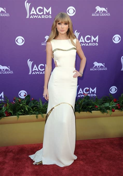 Taylor Swift - The Most Daring Red Carpet Dresses Ever
