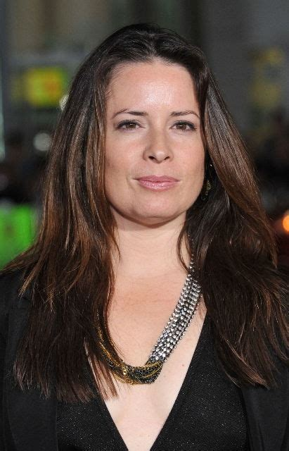 Holly Marie Combs Bra Size, Age, Weight, Height