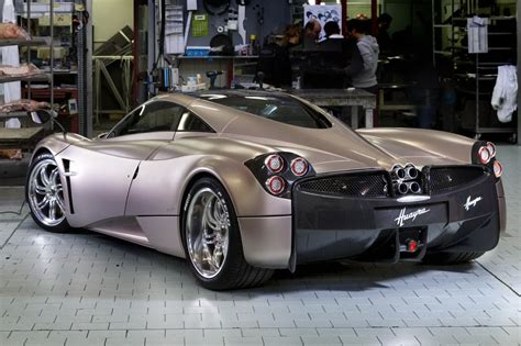 New 700HP+ Pagani Huayra Officially Revealed - autoevolution