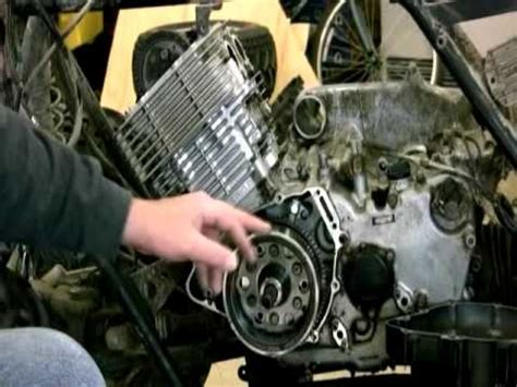 Removing The Fly Wheel on Yamaha Grizzly 600 - YouTube
